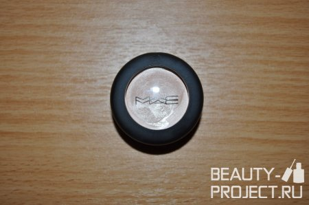 MAC Studio Finish SPF 35 Concealer - консилер, оттенок NW20